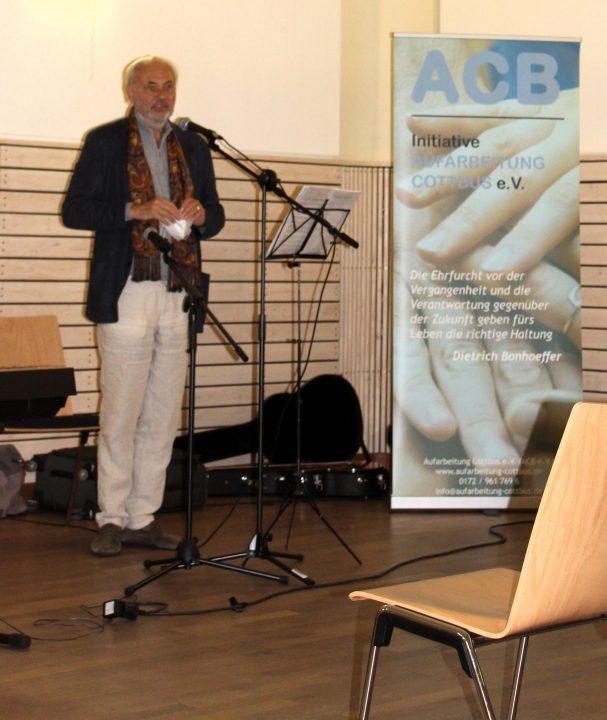 Prof.Haase bei einer Veranstaltung des ACB e.V. im Oktober 2020 im Cottbuser Familienhaus